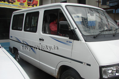 tata winger side view