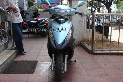 kinetic sym flyte 125cc front