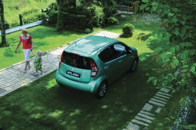 maruti-suzuki-small-car-splash-india-rear.jpg