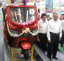 tvs-auto-three-wheeler.jpg