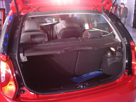 tata bolt interior and exterior picture gallery car and bike blog. Black Bedroom Furniture Sets. Home Design Ideas