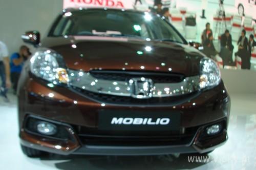 Honda-Mobilio-01
