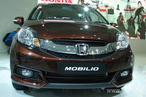 Honda-Mobilio-02