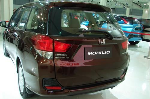 Honda-Mobilio-14