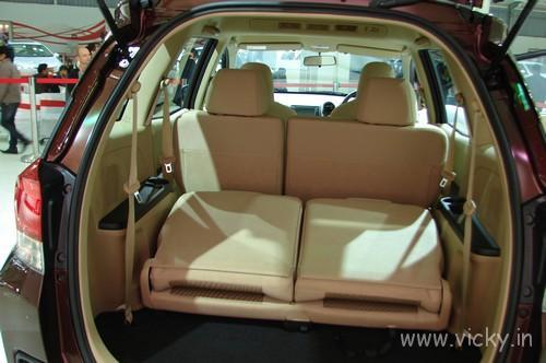 Honda-Mobilio-18