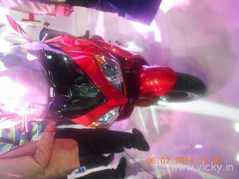 hero-zir-150cc-scooter-01