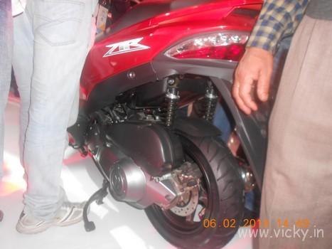 hero-zir-150cc-scooter-08