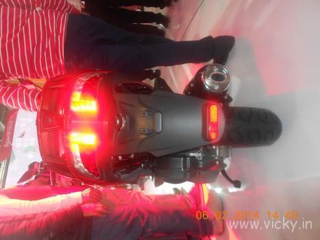 hero-zir-150cc-scooter-09