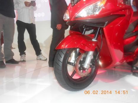 hero-zir-150cc-scooter-13