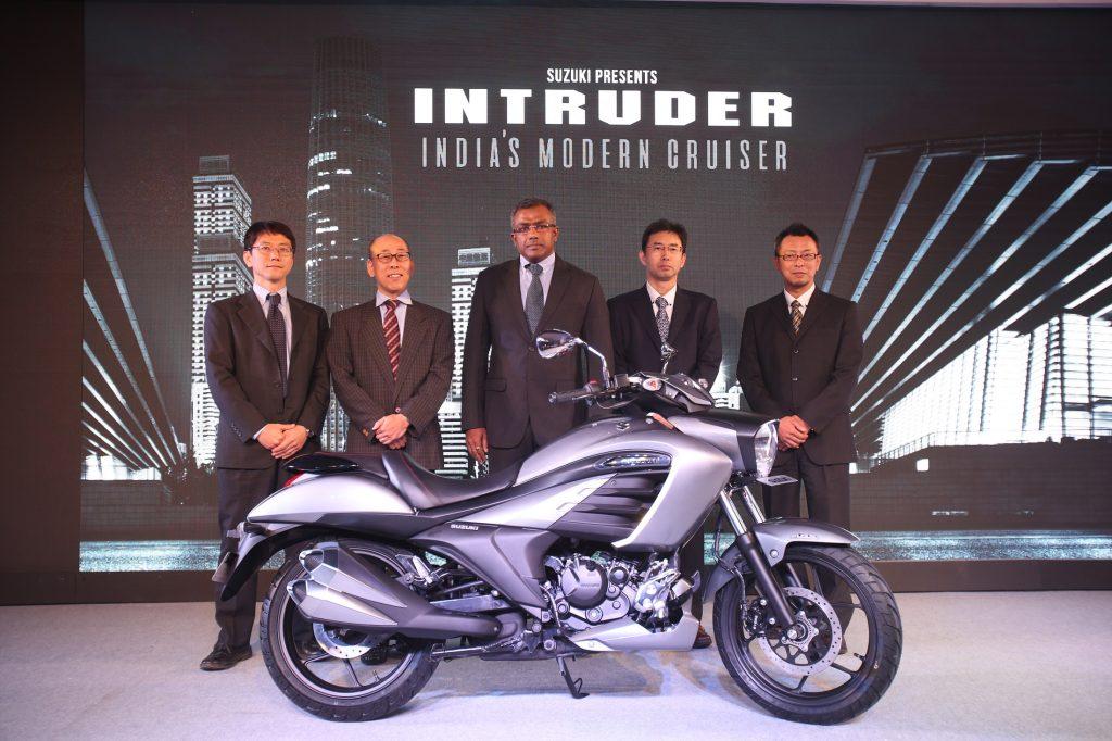 Suzuki Two Wheelers Cruises In With 155cc Intruder India